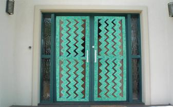 door breathe thru